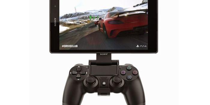 Sony lanseaza PS4 Remote Play pe telefoanele Xperia Z3 si un accesoriu special pentru joystick de PS4