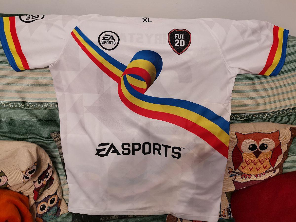 EA Sports lansează un echipament special de fotbal FIFA 20 care sărbătoreşte Ziua României